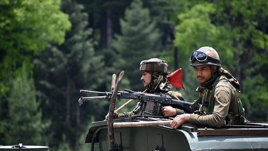 鳴槍、丟石頭、打群架 中印邊境為何衝突不斷?封面