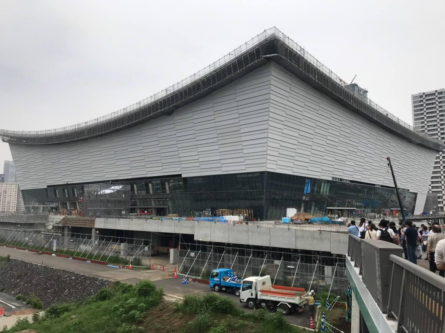 距離東京奧運開幕倒數一年,東京有明體育館正在施工,工地不間斷響起的敲擊聲響,宛如東奧步步逼近的腳步。(中央社記者楊明珠攝)